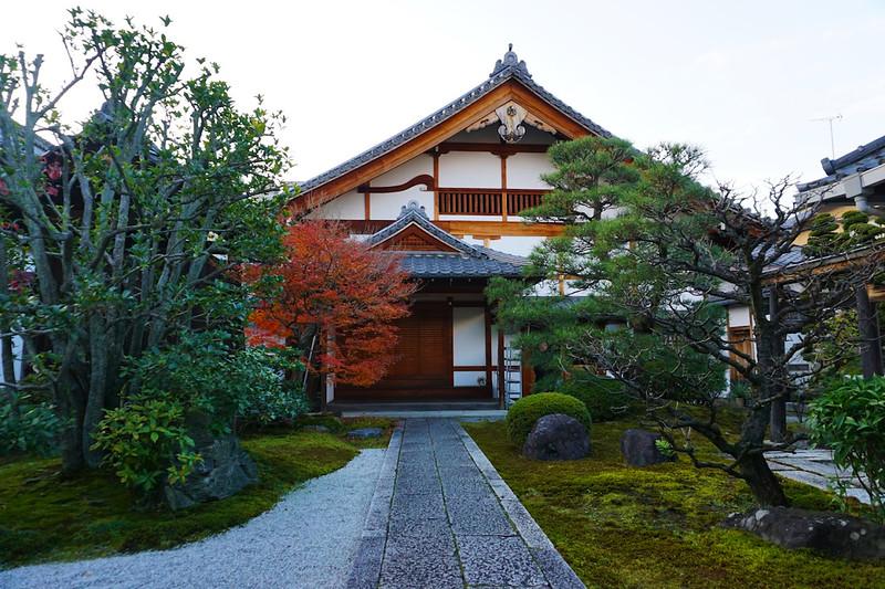 Kyoto-machiya.JPG