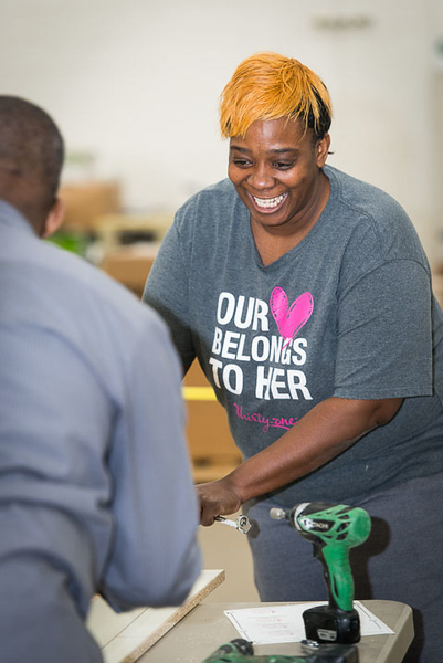 Thirty-One_Gives-Furniture_Build-0314.jpg