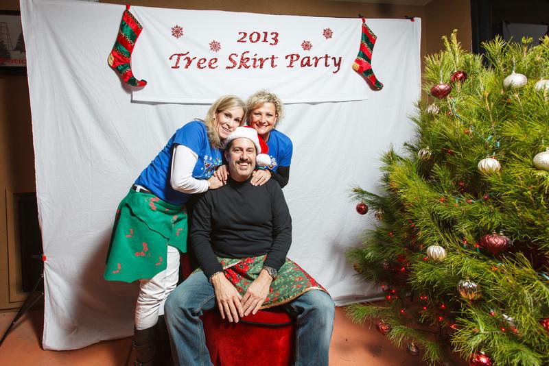 TreeSkirt2013-270.jpg
