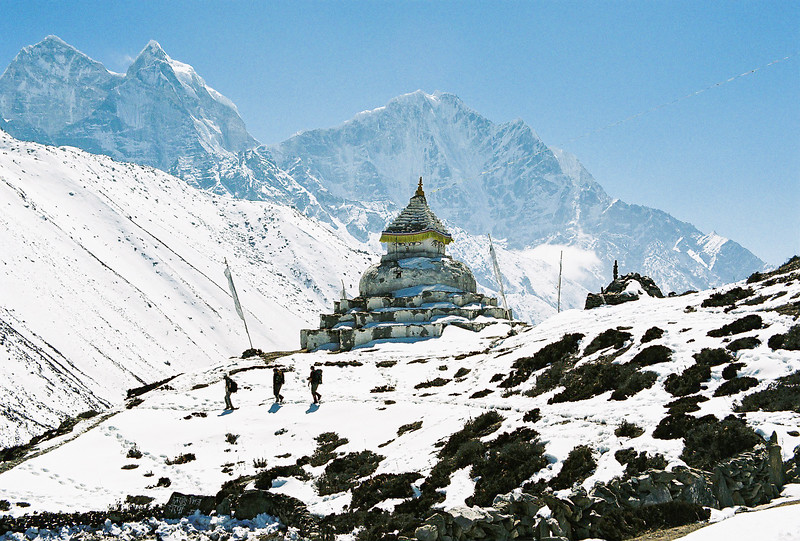 Stupa south of Dingboche