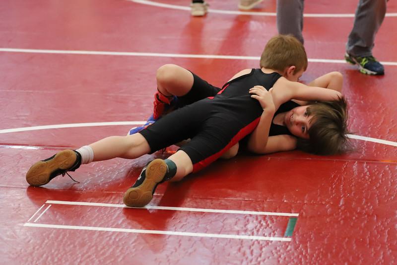 Little Guy Wrestling_4860.jpg