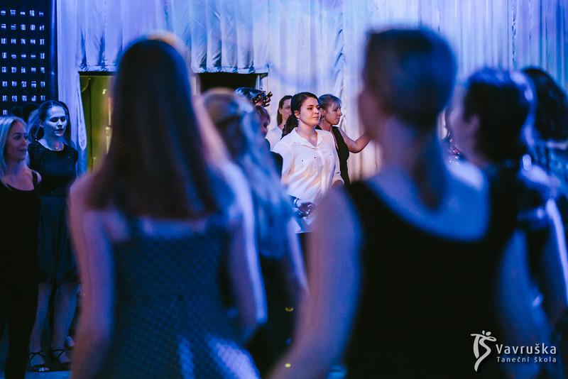 20191210-193917_0294-ladies-night-vavruska-charitas.jpg