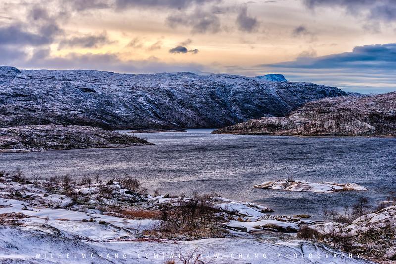 Narvik-Border-lake.jpg