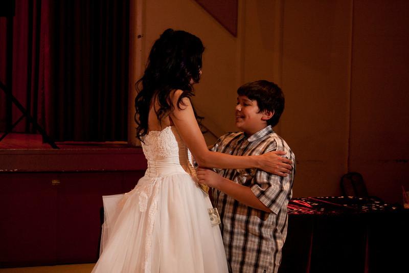 2011-11-11-Servante-Wedding-579.JPG