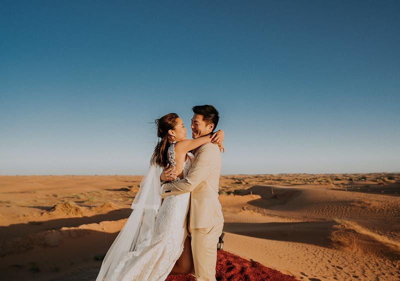 Tu-Nguyen-Destination-Wedding-Photographer-Morocco-Videographer-Sahara-Elopement-494.jpg