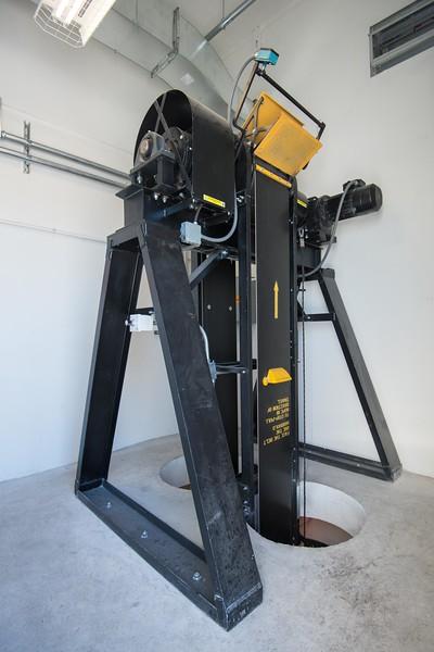 American Hoist and Manlift-2.jpg