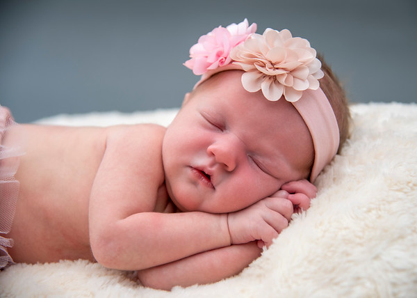 Lyza Lynette - Newborn