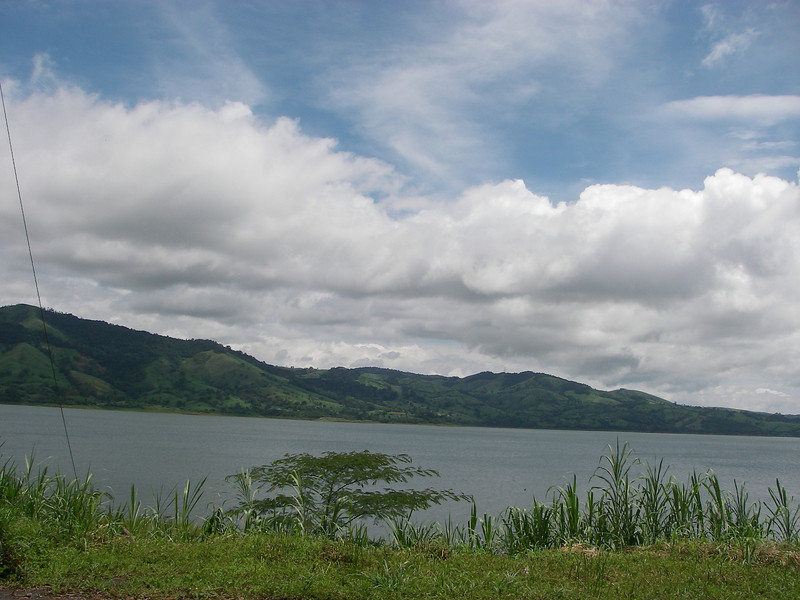 LakeArenal.JPG