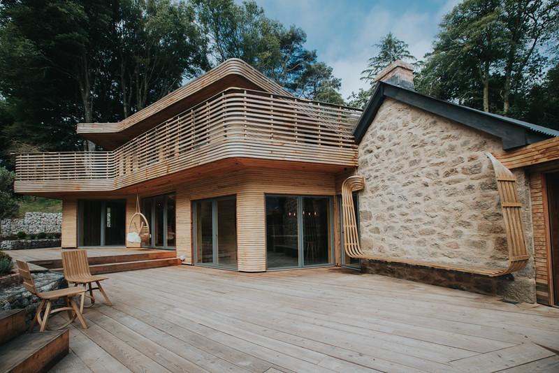 004-tom-raffield-grand-designs-house.jpg