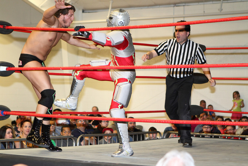wrestling328.JPG