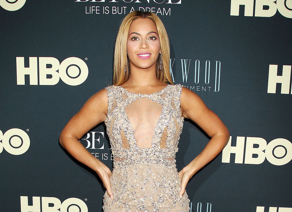 ". This image released by Starpix shows Beyonce at the premiere of her HBO documentary "" Beyonce: Life is But a Dream,\"" at the The Ziegfeld Theatre in New York. The film premieres on Saturday, Feb. 16, at 9 p.m. EST on HBO. (AP Photo/Starpix, Dave Allocca)"