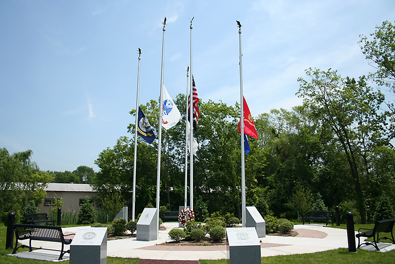 02 Berlin Veterans Memorial-Flags.jpg