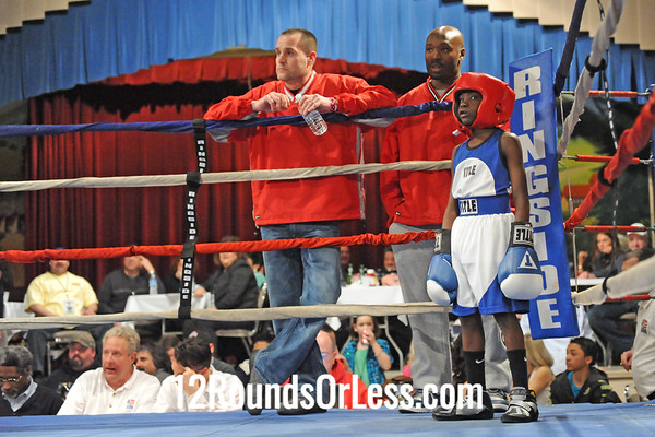 Bout 2 Tyshawn Denison, Akron -vs- Chris Daniels, SSBC 63 lbs