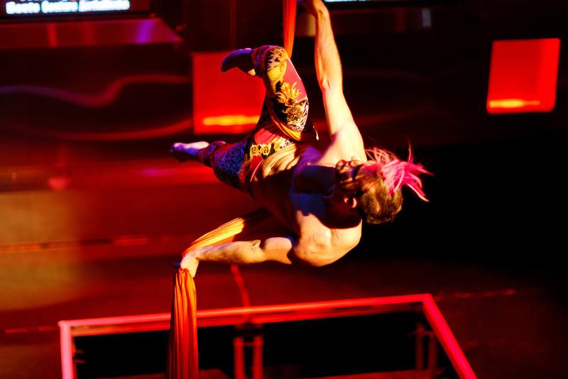 Cirque Du Haute Couture-0026.jpg