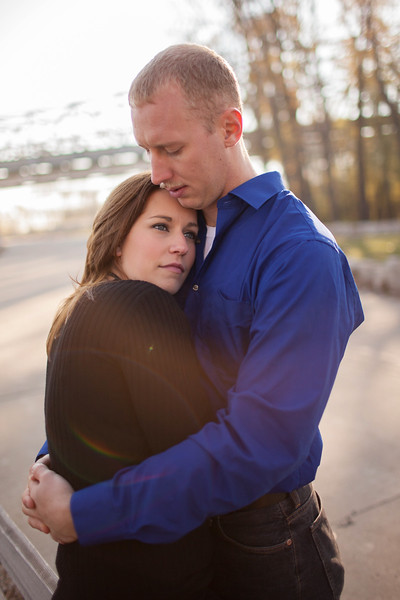 RLVest-Engagement-Session-Jefferson-City-MO-Wedding-Photographer-Missouri-River-10282012 (6 of 11).jpg