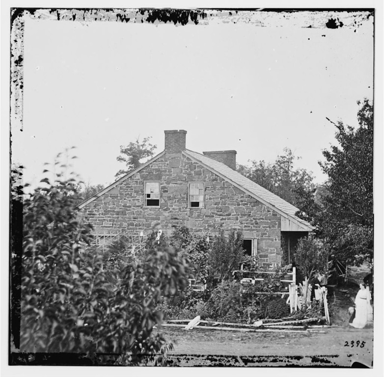 . Gettysburg, Pa. Headquarters of Gen. Robert E. Lee on the Chambersburg Pike, 1863 July.  - Library of Congress Prints and Photographs Division Washington, D.C.