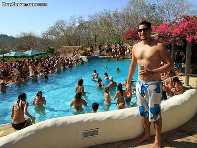 Sunday Funday Pool Crawl