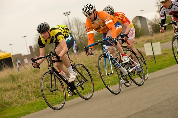 STOURPORT CIRCUIT RACES MARCH 31ST 2012 3RD CAT