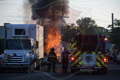 West Babylon F.D. Signal 14 (Trailer Fire) Thorburn Ave. 7/4/20