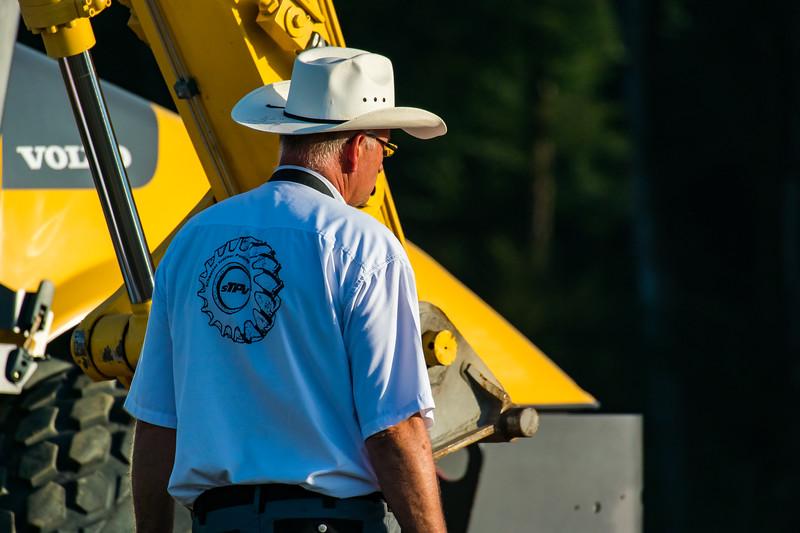 Tractor Pulling 2015-9081.jpg