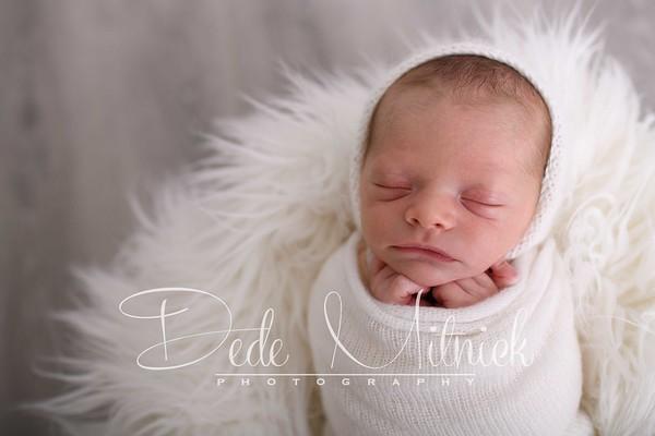 W Newborn 2