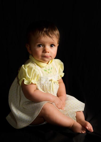 Mayah 9 months-34.jpg