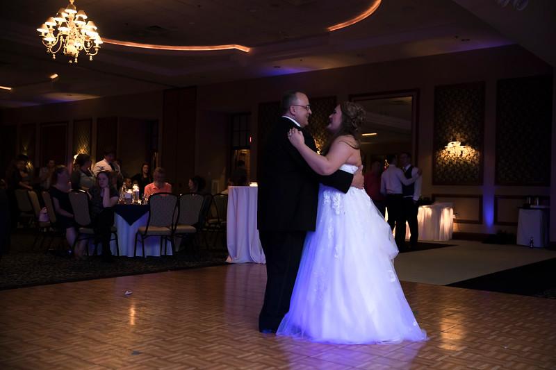 Amanda & Tyler Wedding 0794.jpg