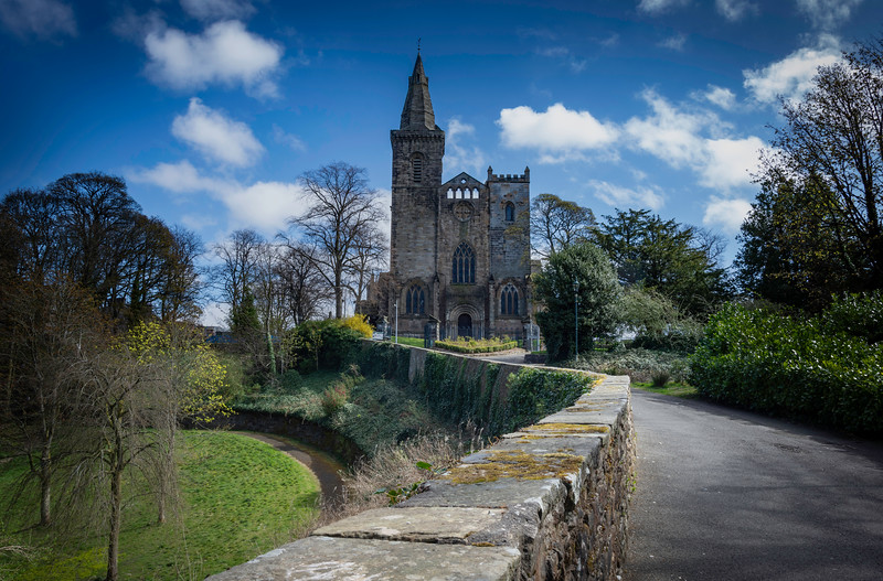 dunfermline Abbey.jpg
