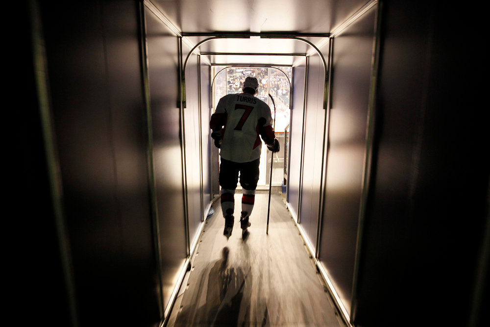 . Ottawa Senators\' Kyle Turris (7) enters the ice prior to their NHL hockey game against the Winnipeg Jets in Winnipeg, Manitoba, Saturday, Jan. 19, 2013. (AP Photo/The Canadian Press, John Woods)