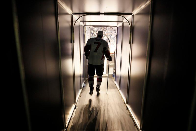 . Ottawa Senators\' Kyle Turris (7) enters the ice prior to their NHL hockey game against the Winnipeg Jets in Winnipeg, Manitoba, Saturday, Jan. 19, 2013. (AP Photo/The Canadian Press, John Woods)