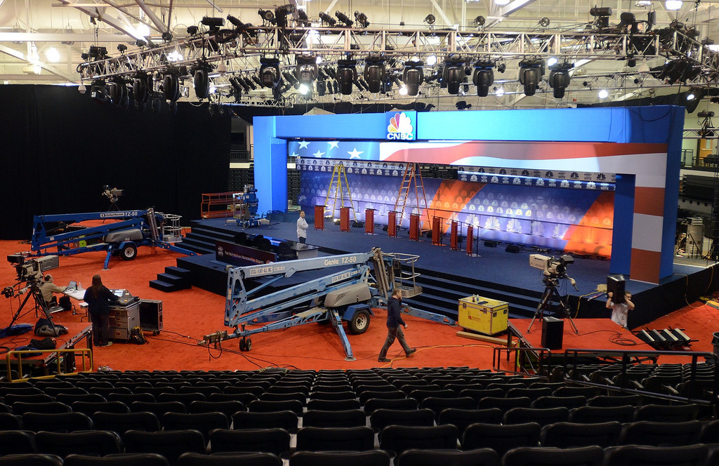 . Crews work inside the O\'Rena  at Oakland University as it is being prepared for Wednesday\'s GOP Presidential Debate, pictured Monday November 7, 2011. (Oakland Press Photo By: Vaughn Gurganian)