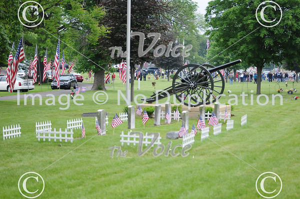 Montgomery, Ill VFW Memorial Day ceremony at Riverside Cemetery 5-27-13