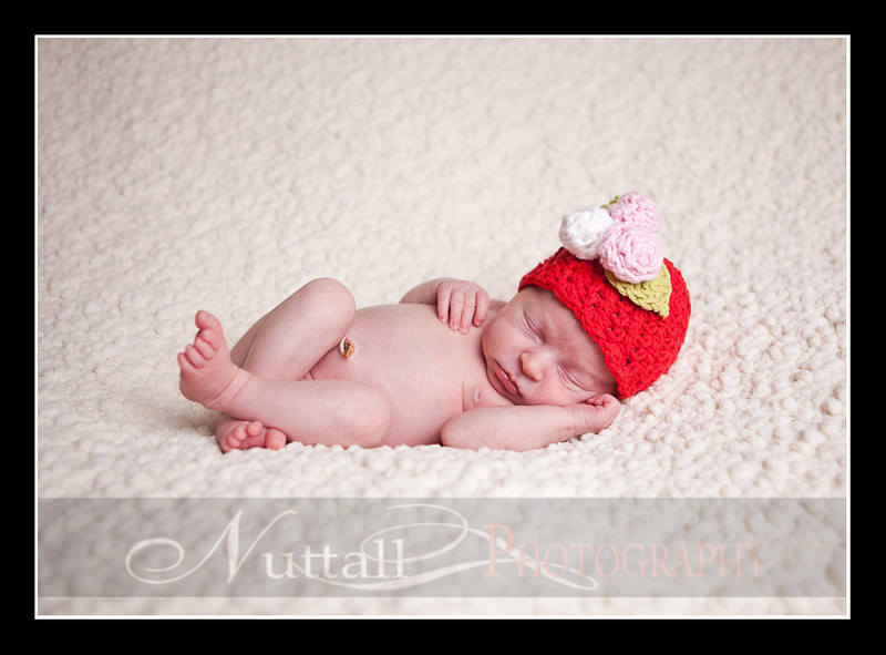 Clara Newborn 35.jpg