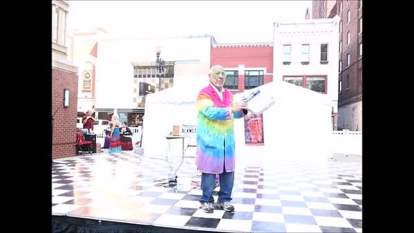 2019 Hola Festival - Dr. Hazari Science Show