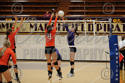 Marshfield vs Roseburg - Varsity Volleyball - Sep 22, 2009