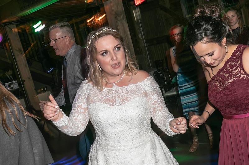 Emily_Darin_Wedding_October_12_2018_Ashley_Farm_Yorkville_Illinois-331.jpg