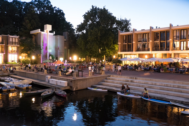 Lake Anne Plaza during a summer concert