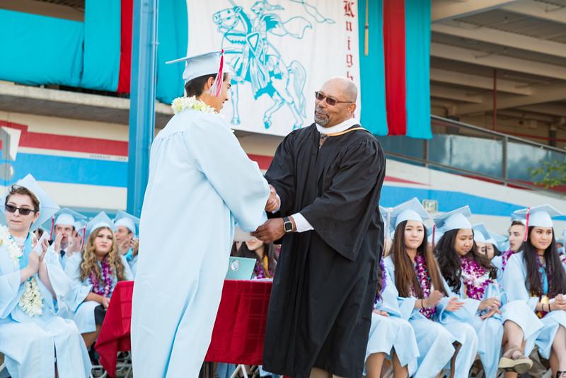 Hillsdale Graduation-85804.jpg