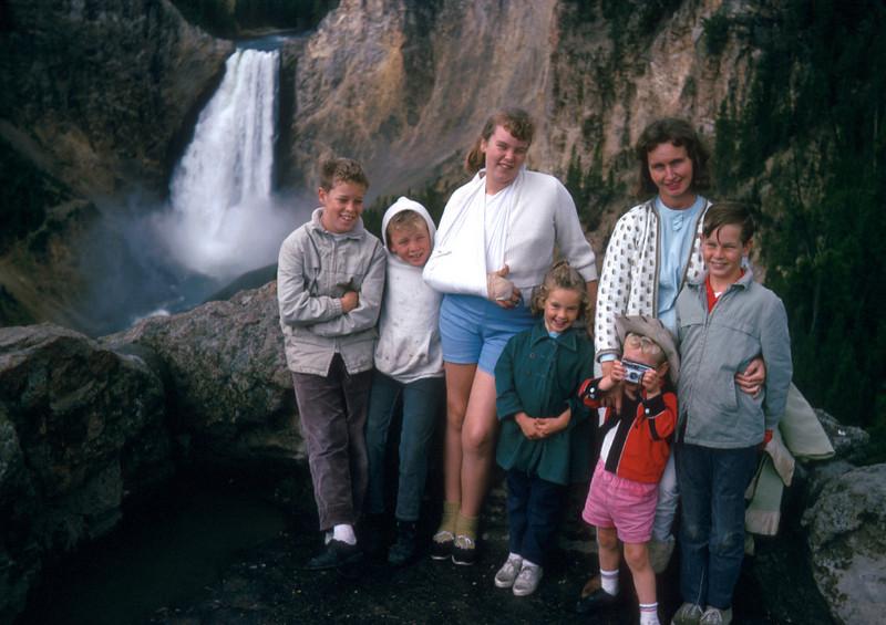 1022 - Family (8-66).jpg