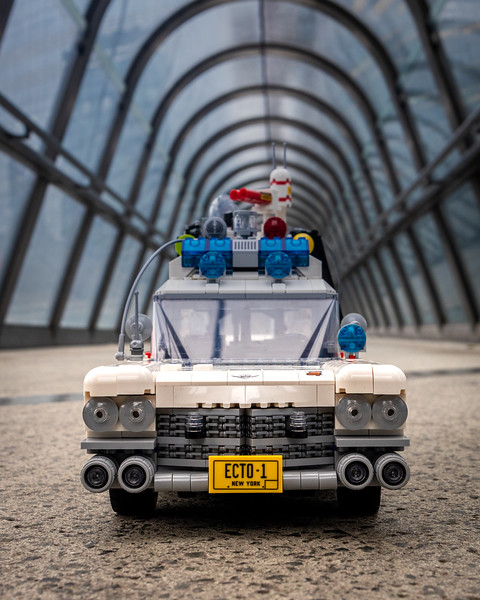 10274 - Ghostbusters Ecto 1