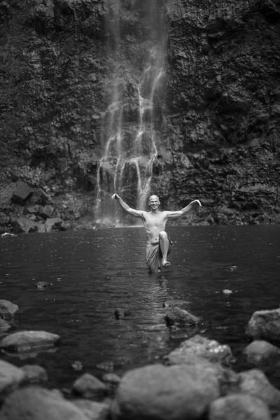 hanakoa-falls-11.jpg