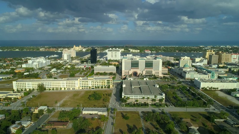 Lateral drone video West Palm Beach footage 4k 60p