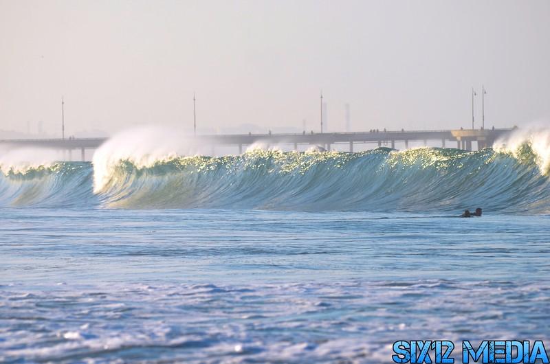 Venice breakwater Surf - 20.JPG