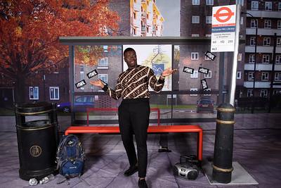 LONDON BUSTOP SWIL