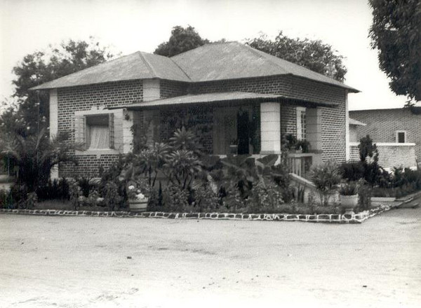 Abril 1960, casa do Enfº Garrido, Andrada