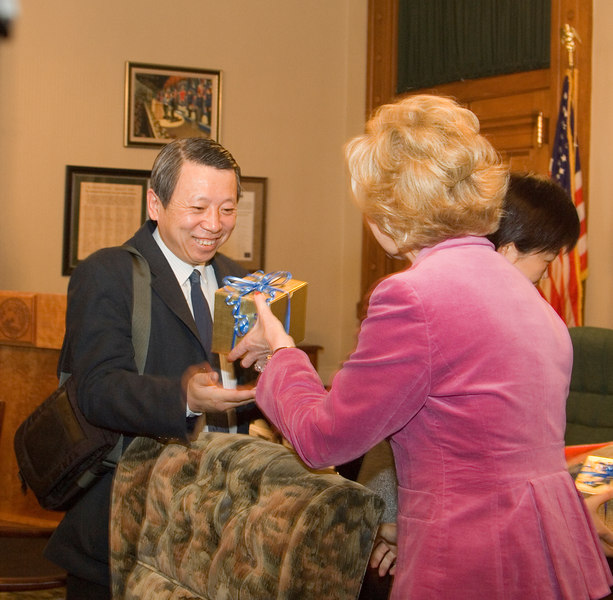 2007_china_delegation_statehouse_tour_lt_gov_0247.JPG