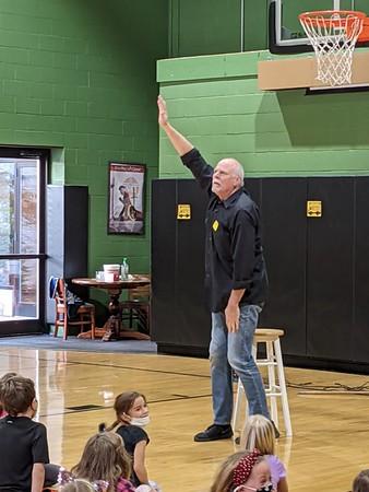 Storyteller Tim Hartman Visits ECA