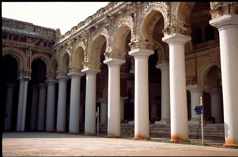 Hall of a Thousand Pillars, Madurai