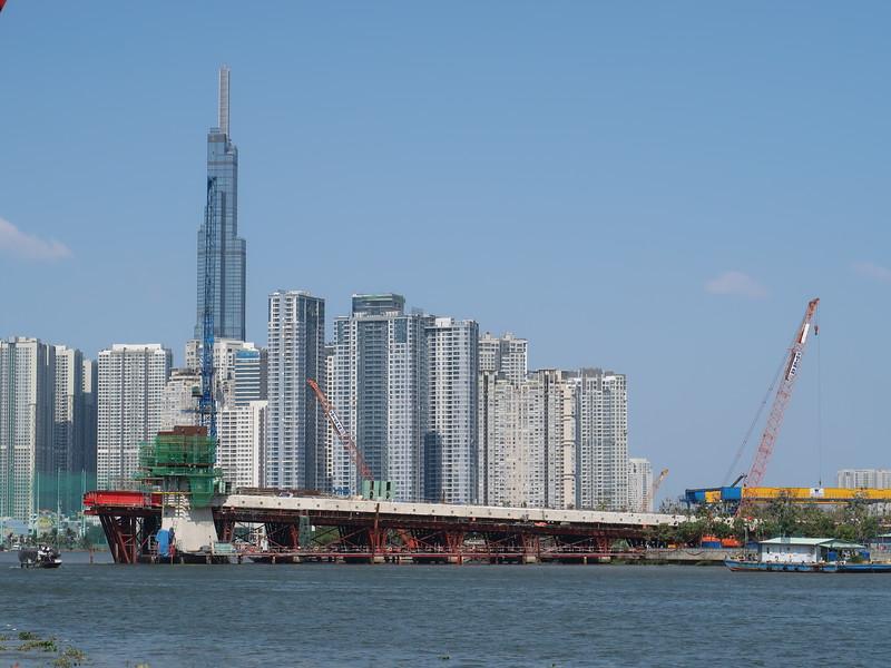 IMG_8936-thu-thiem-2-bridge.JPG