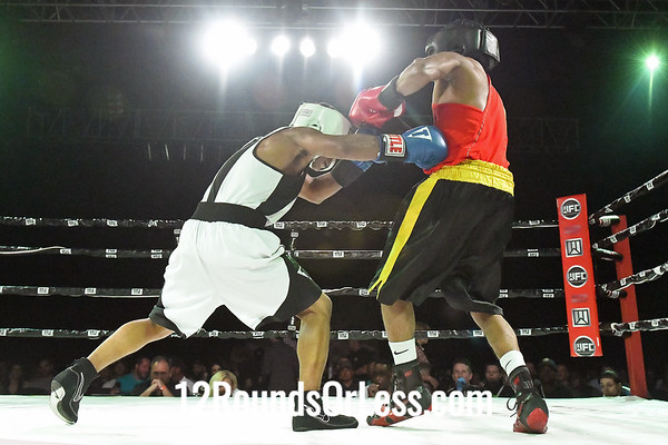 Bout #4:  Andre Donovan (Blue Gloves)  vs  Frank Brown (Red Gloves), 125 Lbs., 3 Rounds